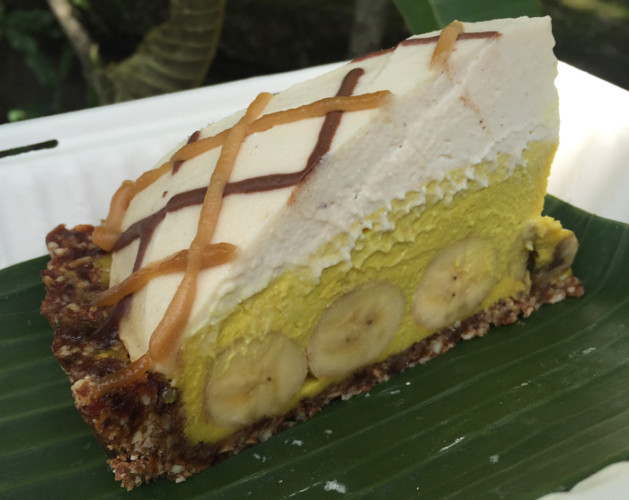Raw Cakes from The Seeds of Life - Raw Food Cafe and Tonic Bar - Ubud Bali